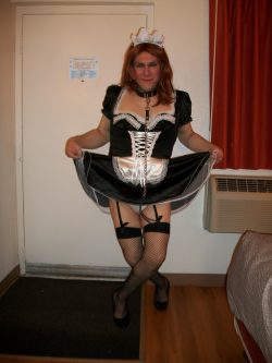 Sissy Maid Diana: Ready to clean your cock