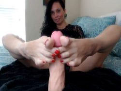 Come get a virtual footjob