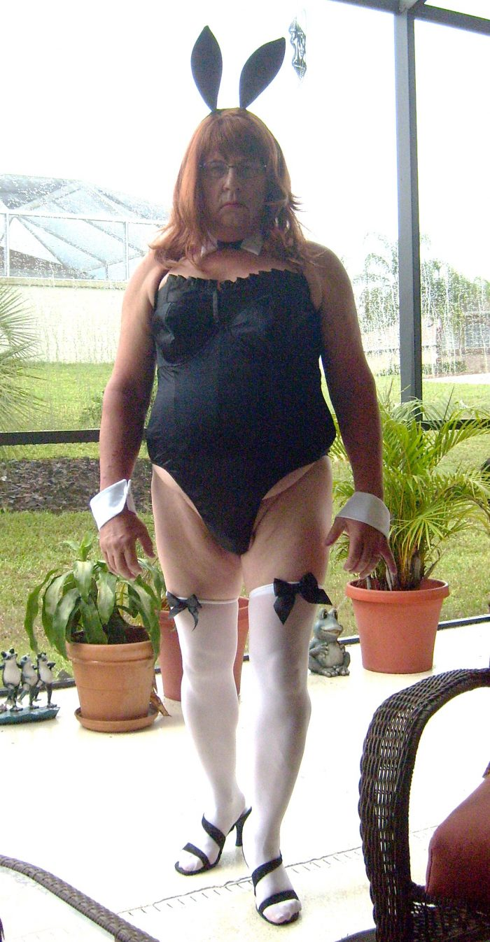 I am Sissy Tina Tinyclitty bunny boi server – please feel free to laugh at me and humiliat ...
