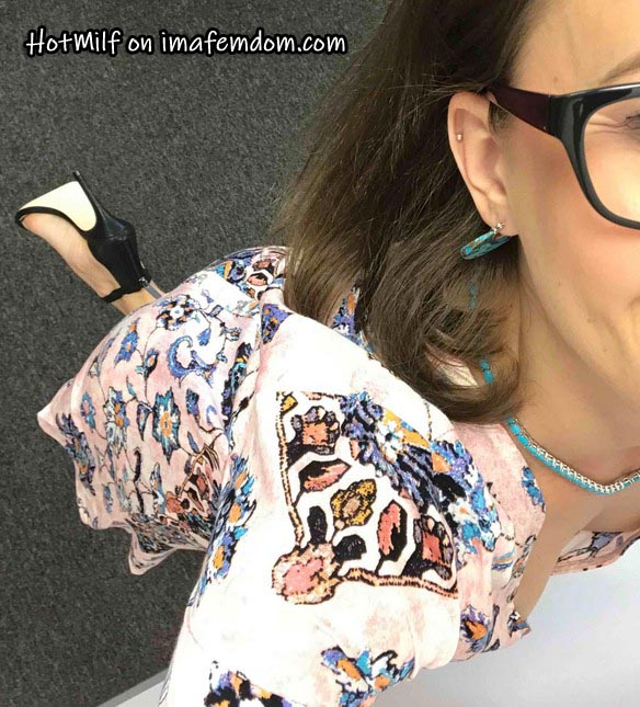 Hot milf foot goddess tormenting horny dicklettes online