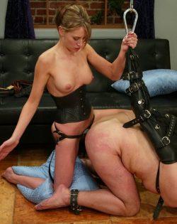 Femdom Bondage