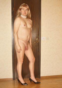Sexy sissy faggot nude