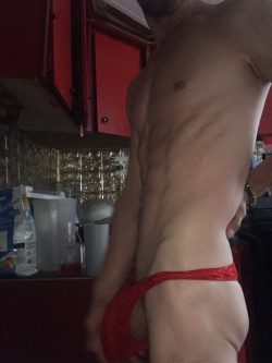 Musclefag who loves sissy panties