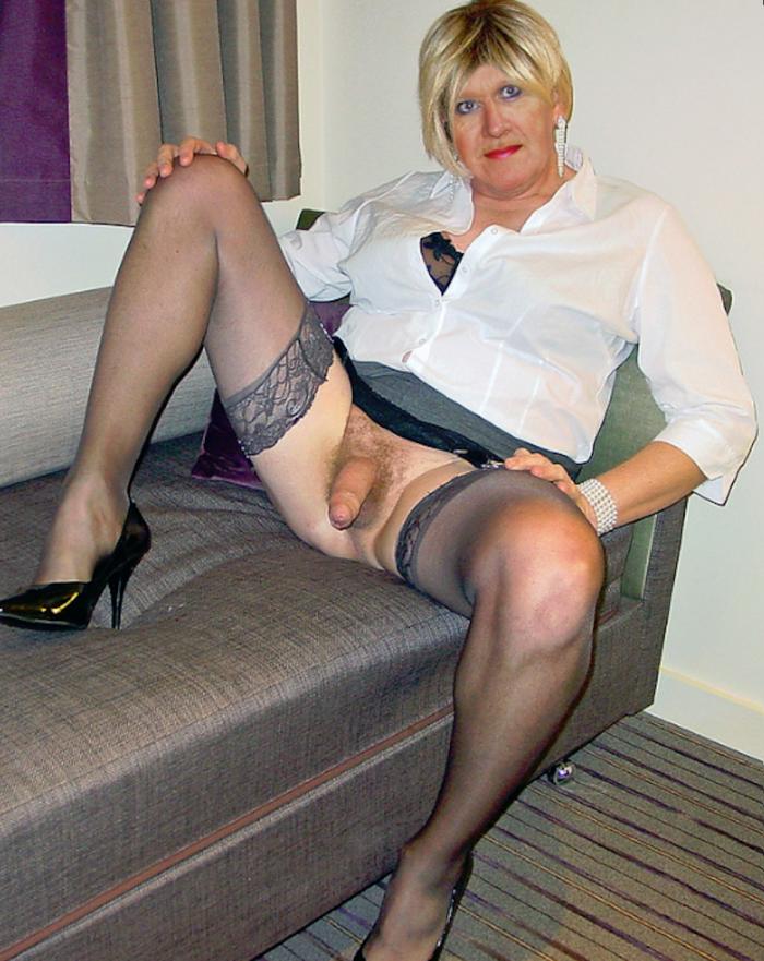 Cd in stockings