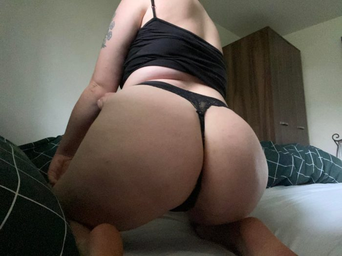 Drain your wallets on my big fat nasty ass