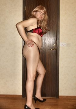 Sexy sissyfag pose in red