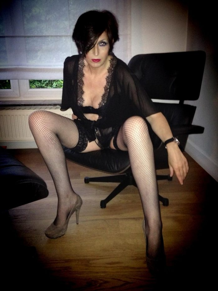 Sandi Antwerp