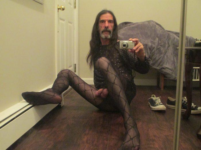 fag needs a man