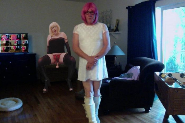 ok Sissy slut Cindy dont be angry it's my turn now to ride dildo