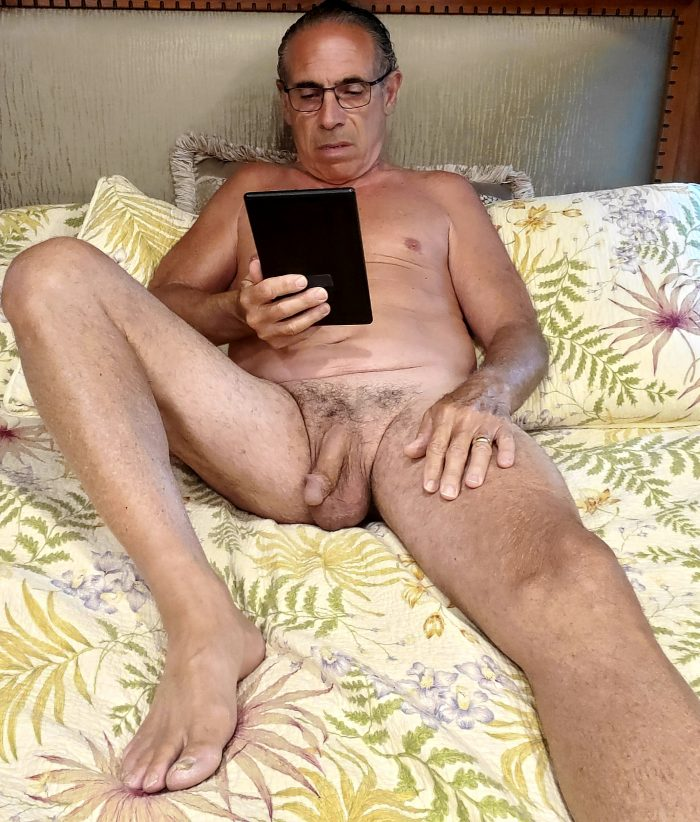 Reading in the Nude