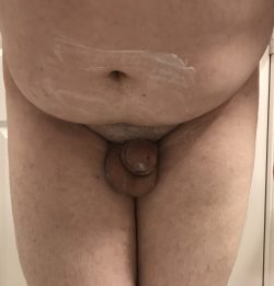 Clitty is scared before shaving time
