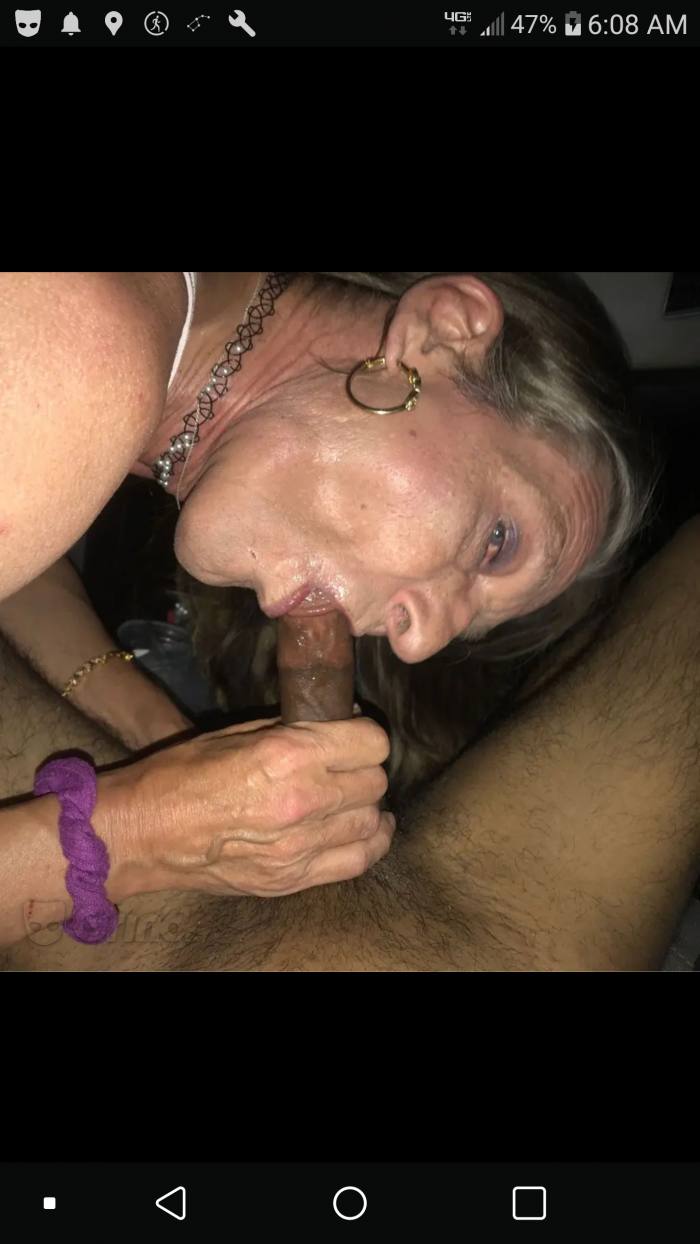 Traciecdslut the cocksucker at work