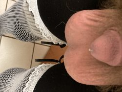 Men get hard and cum, I stay soft and dribble in my tights.