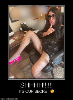 What a surprise from the sissy Secretary 🍆💦