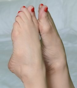 Barefoot tease and denial cam for dick wankers