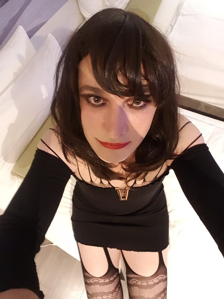 Simonatv18 exposed sissy whore