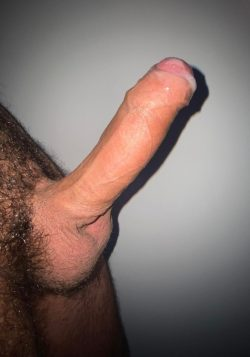 Oily and pre cum on big dick