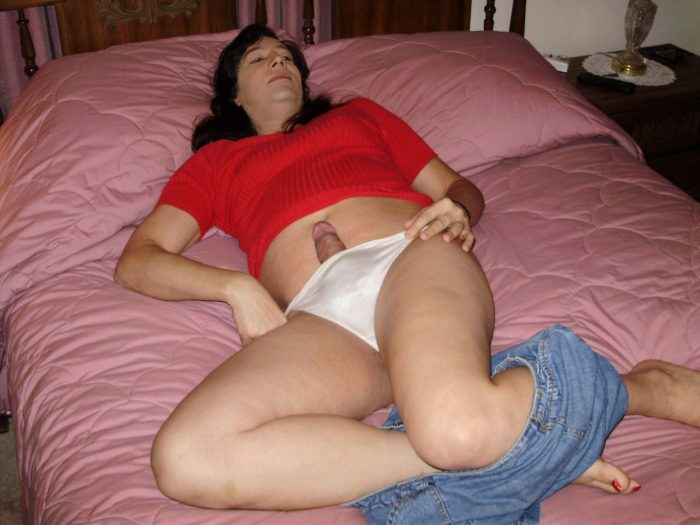 i love being a sissy girl and posing for pics!!! repin any of my pics, and feel free to add capt ...