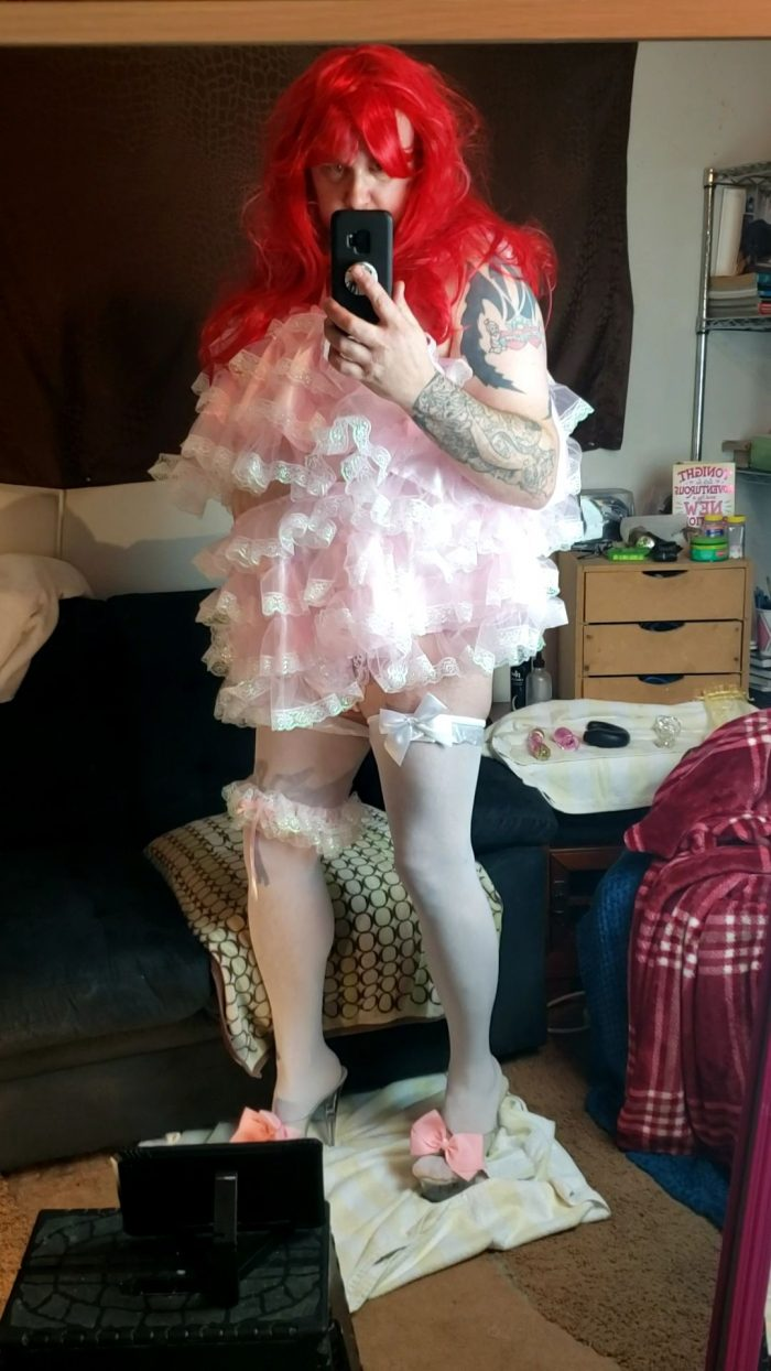 All frills make my clitty weep!
